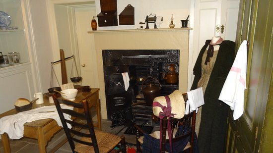 Bronte Parsonage kitchen