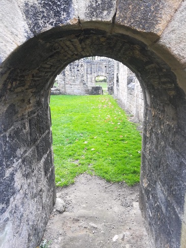 Kirkstall Abbey archway