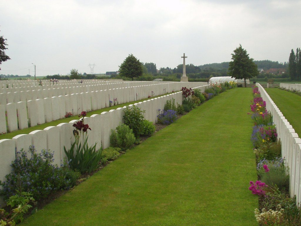Maunsell Chocques Military Cemetery