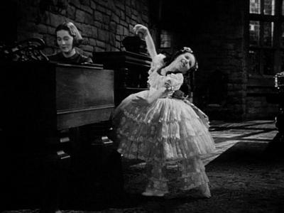 Adèle dancing in Jane Eyre